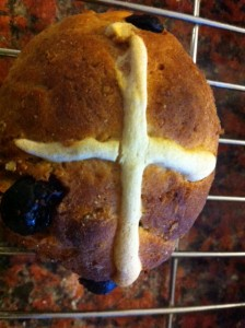 The final result, Hot Cross Buns.