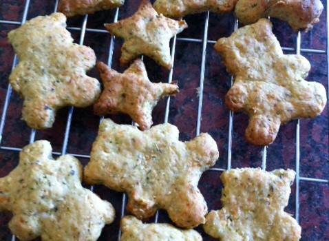 Cheesy Courgette Biscuits for Little and Big People.