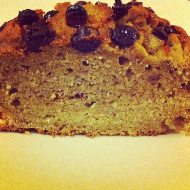 Gluten Free, Wheat free Banana and Choc Chip Cake.