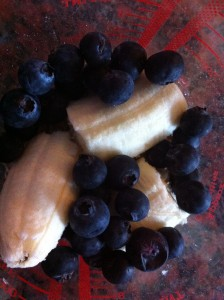 Dietitian UK: Bananas and Blueberries ready to blitz