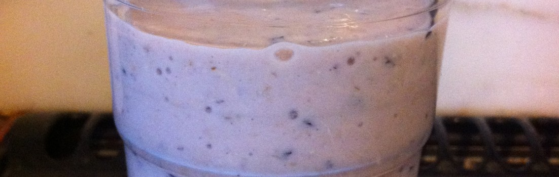 Dietitian UK: Banana, Blueberry and Oat Smoothie.