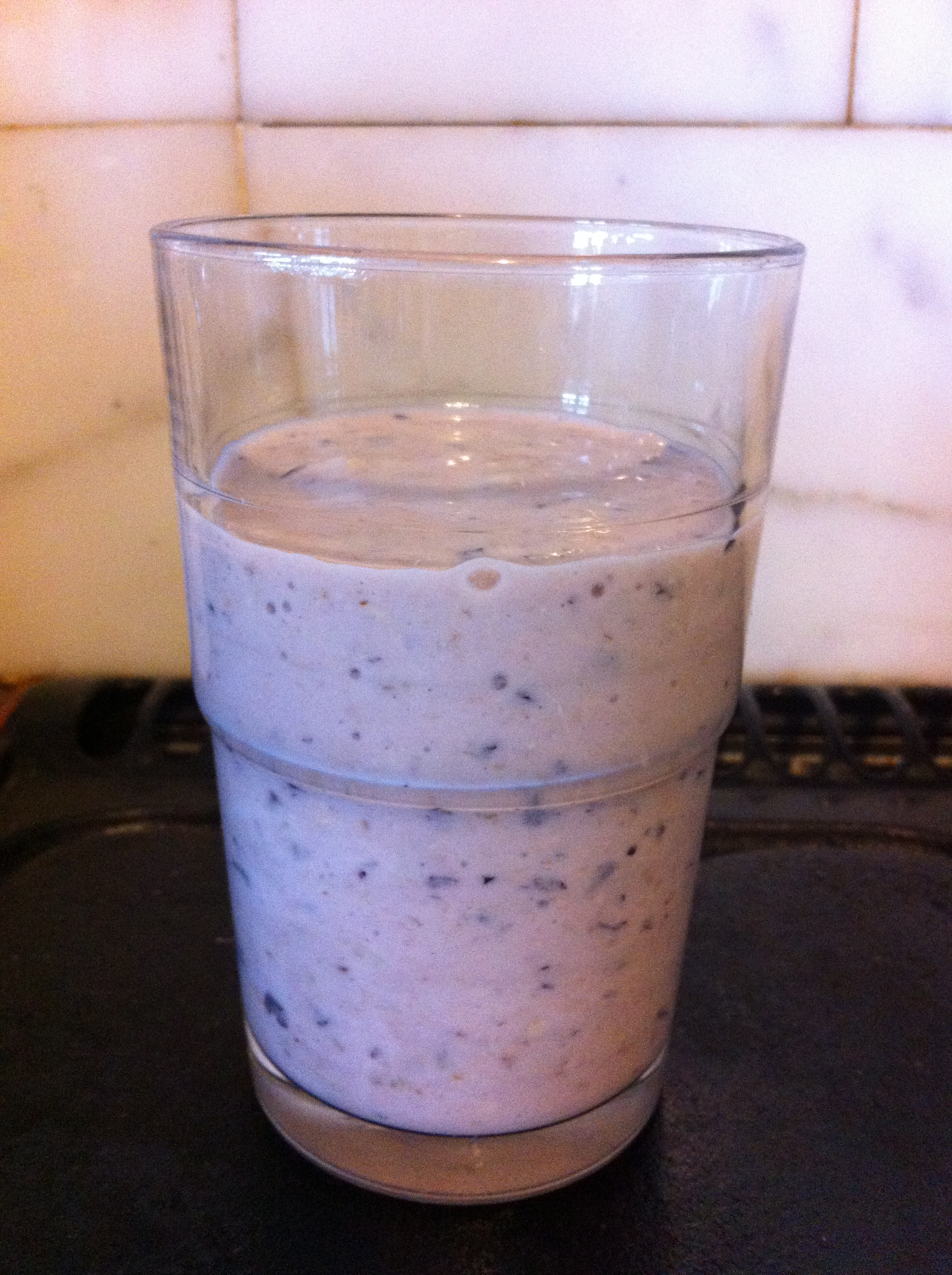 Banana and Blueberry Smoothie