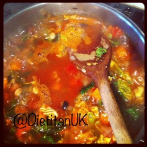 Dietitian UK: Minestrone Soup