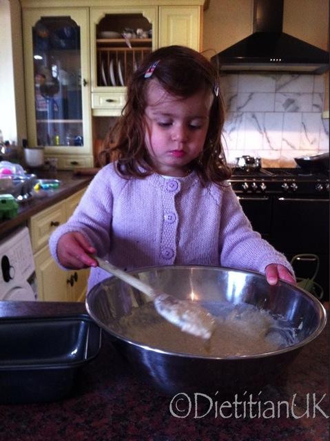 Dietitian UK: Toddler bakes gluten free bread