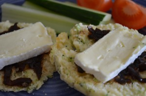 Dietitian UK: Broccoli, Stilton and Apricot Scones