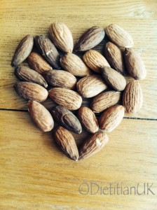Dietitian UK: Why almonds are so good for you